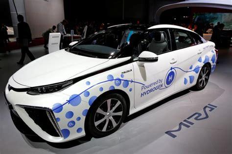 Hydrogen Fuel-cell Car Push 'dumb'? Toyota Makes A Case