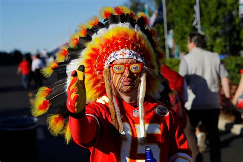 Chiefs nix headdresses, face paint to start NFL season ...