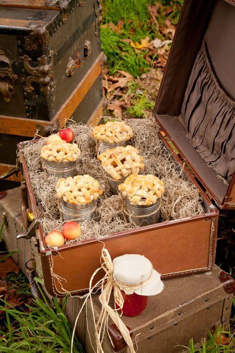 adorable vintage suitcases wedding ideas deer pearl