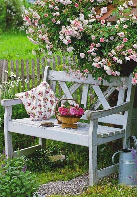 Herbstdeko Gartenbank by Die Gartenbank Treffpunkt Der Romantik Und Erholung