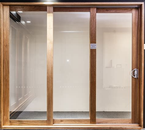 castle hill showroom aluminium  timber windows