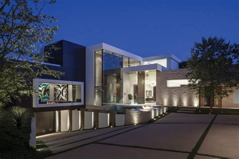 A Step Up In Amazing Architecture La by Modern Driveway Interior Design Ideas