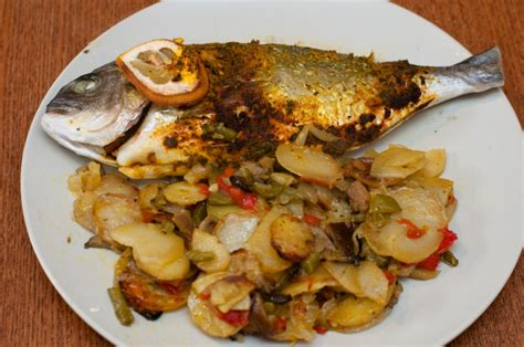 cuisiner une daurade dorade et ses pommes de terre recettes cookeo