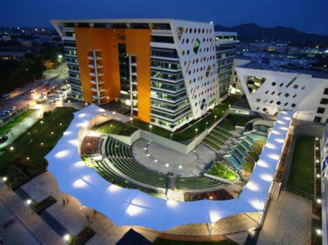 Cognizant ( CTS ) office buildings in Chennai Photos ...