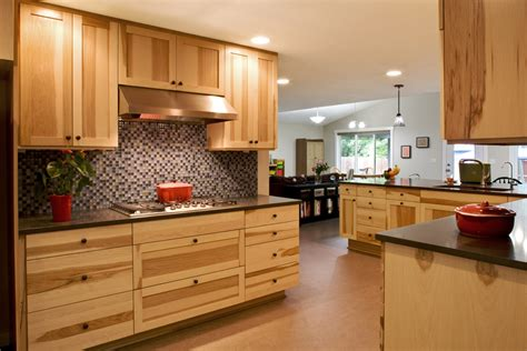hickory kitchen cabinets wonderful hickory cabinets decorating ideas