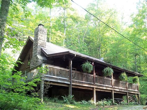 big cabins pet friendly big rock log cabin secluded pet friendly homeaway