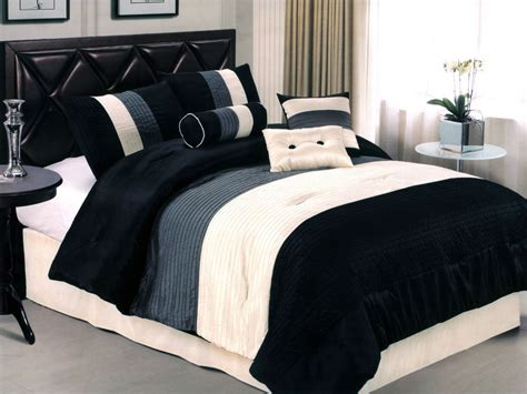 7-pcs Sleek Contemorary Striped Satin Comforter Set Black
