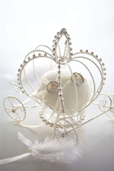 princess carriage wedding ring holder need