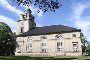 Neumünster Deutschland : file vicelinkirche neumuenster wikimedia commons ~ A.2002-acura-tl-radio.info Haus und Dekorationen
