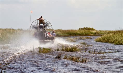 Airboat Sw Tour by Florida Airboat Rides At Gator Park Everglades Airboat