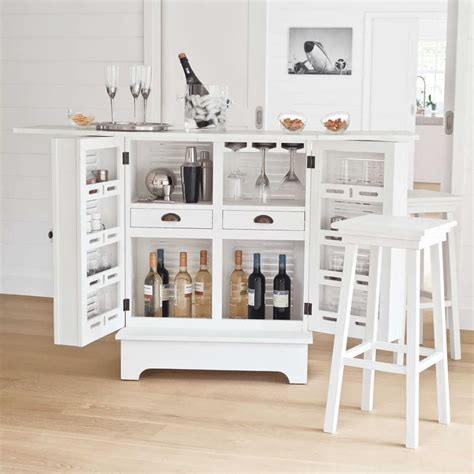meuble de bar en bois blanc   cm barbade maisons du monde