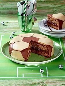 Fußballkuchen Rezept Spiele fußball, Deutschland spiel und Fußballkuchen
