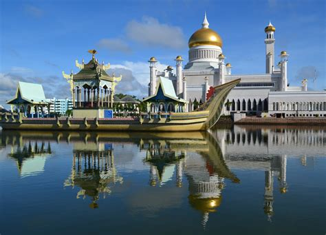 Top Attractions In Brunei And Best Tourist Areas To Stay?