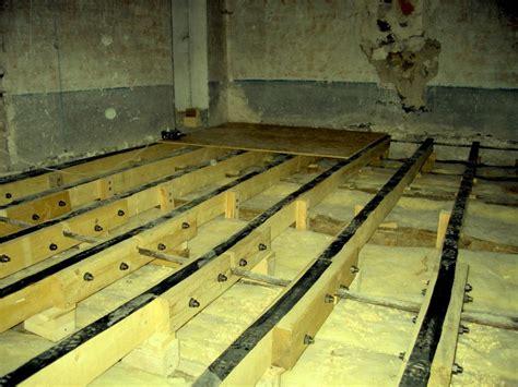 isoler chambre bruit isolation phonique au sol pour mezzanine en bois