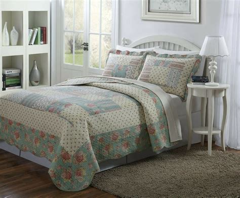 Yellow Quilted Coverlet by 3 Pcs Quilt Bedspread Light Blue Taupe And Pale Yellow
