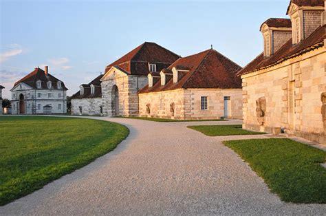 chambre d hotes troglodyte saline royale d 39 arc et senans lieu historique en franche