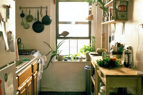 kitchen  alison roman bonberi