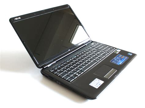 Review Asus K61IC Notebook - NotebookCheck.net Reviews
