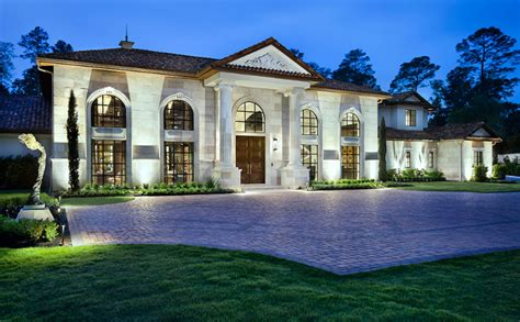 Exquisite Texas Mansion Designed By Jauregui Architects