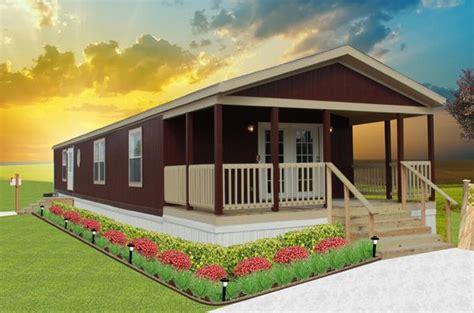 single wide mobile homes 18 ft wide  HUGE 18' WIDE PORCH
