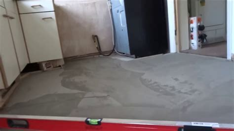 How to Level an Uneven Floor in Preparation for Tiling