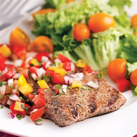 cuisiner tournedos de boeuf tournedos de boeuf à la salsa de poivrons soupers de