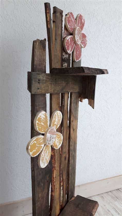deko mit alten büchern deko st 228 nder aus alten brettern altholz woodart by b
