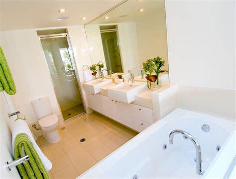 salle de bain 3m2 baignoire