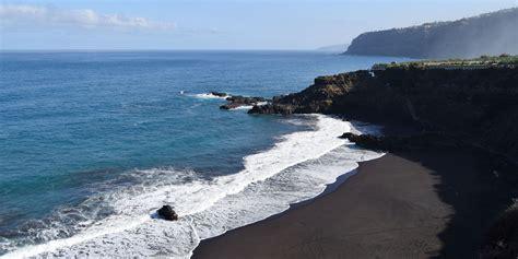 coastal decor ideas 12 best black sand beaches to visit in 2018 beautiful