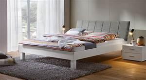 Bett Weiß 160x200 Holz : modernes bettgestell 160x200 mit polsterkopfteil sierra ~ Markanthonyermac.com Haus und Dekorationen