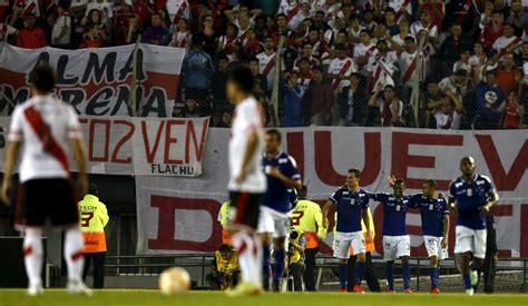 Racing y River Plate pierden en sus partidos de ida de ...