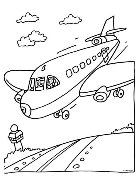 Vliegveld Kleurplaat by Kleurplaat Vliegvakantie Vliegtuig Mei Vankantie