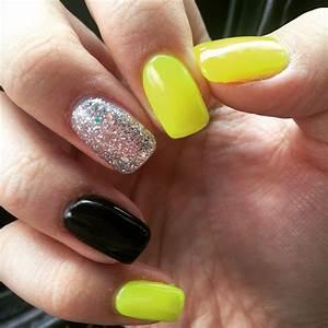Summer Nails. Black and yellow. Neon nails. Glitter nail ...