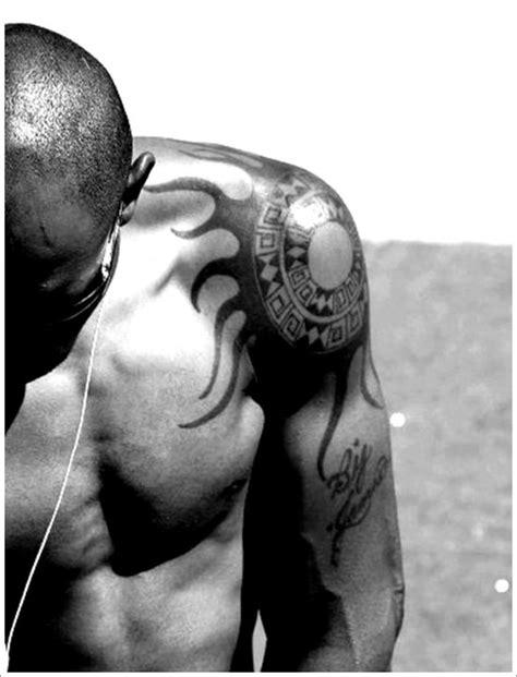 25+ Beautiful Sun Tattoo Designs for Men and Women