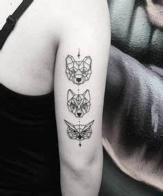 Loup Tatouage Geometrique : 35 meilleures images du tableau tete de loup dessin wolf drawings sketches et draw ~ Melissatoandfro.com Idées de Décoration