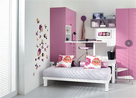 Pink Teen Bedroom-stylehomes.net