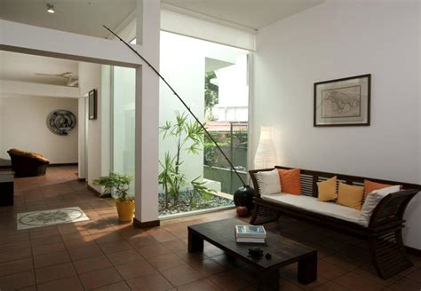 mini pebble courtyard interior design ideas