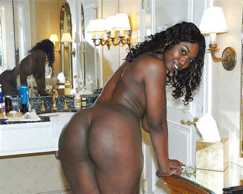 Black Amateurs Naked hot Nude Topless Selfshots Of Black Beauties