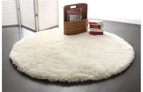 Tapis Rond Gris 150 Cm by Tapis Shaggy Rond Blanc 150 Cm Ugo Miliboo
