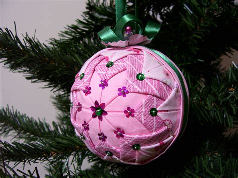 how to make ornament how to make quilted ornaments ornament designs