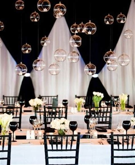 monochrome wedding decoration renshawdreamwedding