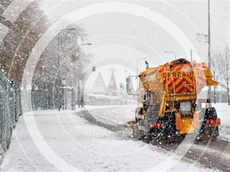 Wigan council warn people not to use grit for private ...