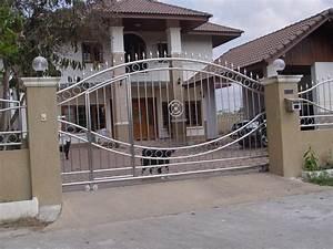 modern homes main entrance gate designs modern home designs With entrance gate designs for home