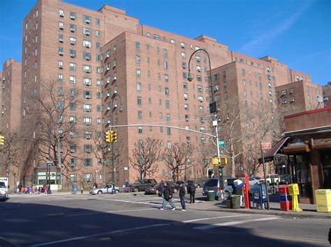 New York Ny Avenue B And 14th Street Stuyvesant Town