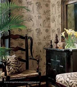 Thibaut botanical wallpaper