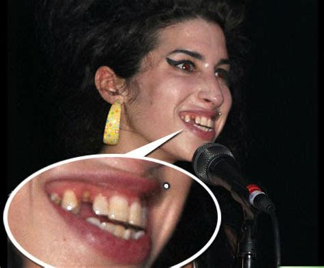 amy winehouse rehab page