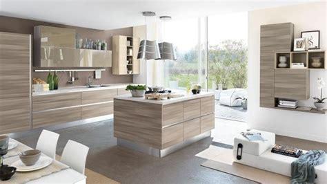 fenetre bandeau cuisine cucine con isola centrale scenografie moderne cucine