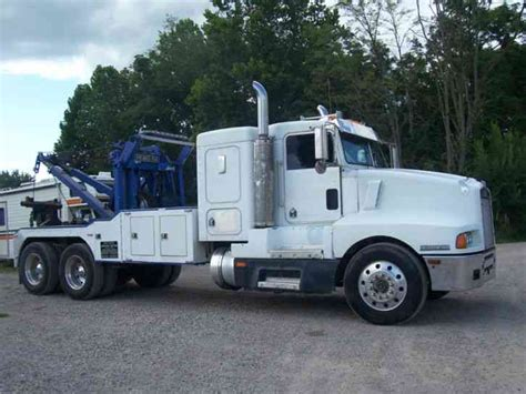 truck wreckers kenworth kenworth semi wrecker 750 holmes and zacklift 1988