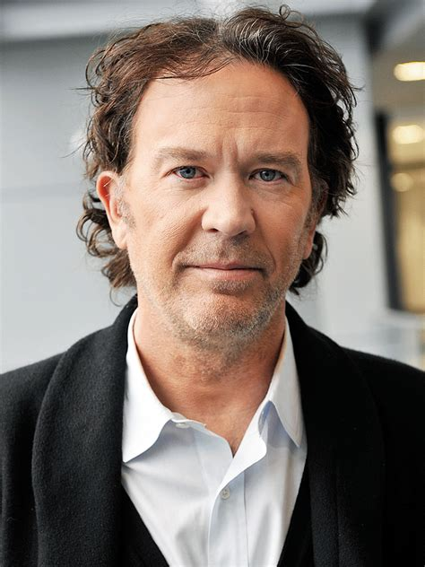 timothy hutton show leverage timothy hutton biography celebrity facts and awards tv