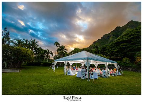 oahu wedding photography by right frame